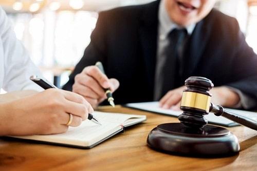 وکیل مجتمع قضایی صدر