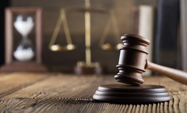 مشاوره حقوقی امور کاری و استخدامی